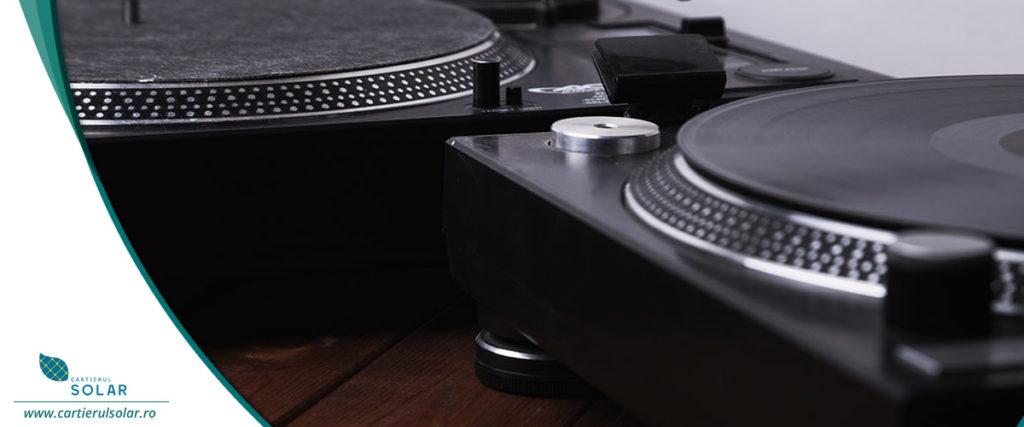 Esti pasionat de muzica? Afla deviceurile potrivite pentru un apartament