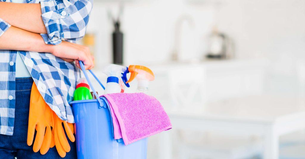 Vrei o curatenie ireprosabila? Afla acum avantajele curatarii cu aburi!